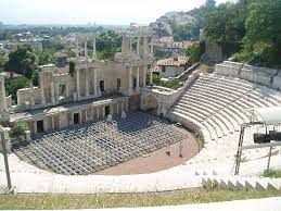 File:Ancient Roman Ruins.png