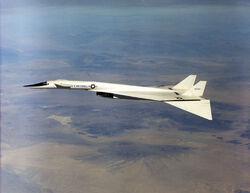XB-70-7197