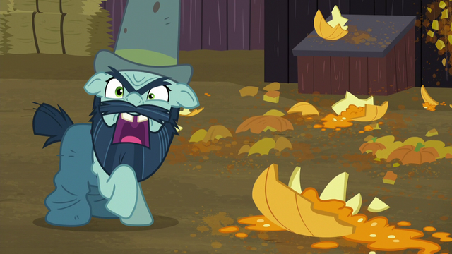 File:Big Daddy McColt still badmouthing the Hooffields S5E23.png