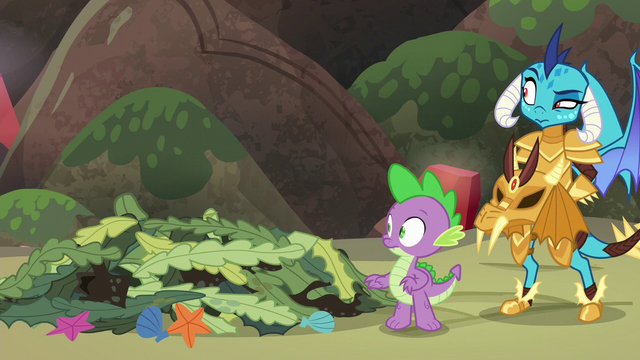 File:Spike and Ember looking off-screen left S6E5.png