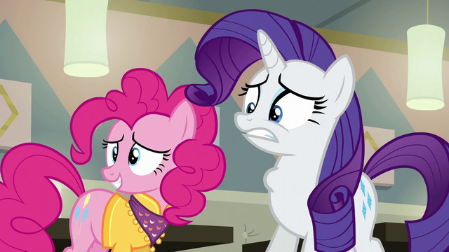 File:Rarity gulping nervously S6E12.png