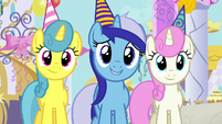 Minuette, Twinkleshine, and Lemon Hearts offer their friendship S5E12