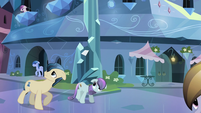 File:Crystal Ponies coming out of their homes S3E01.png