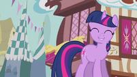 Twilight carefree smile S3E4