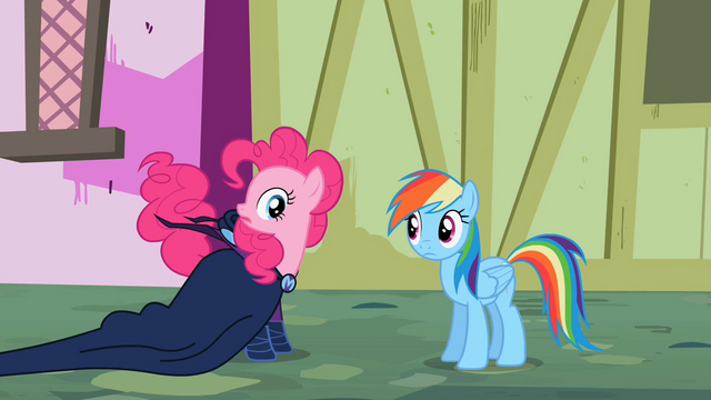 File:Pinkie Pie's tail twitching S2E08.png