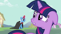 Twilight about to try to perform the age spell S3E05