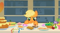 "Applejack ""I'm not hungry"" S1E22"