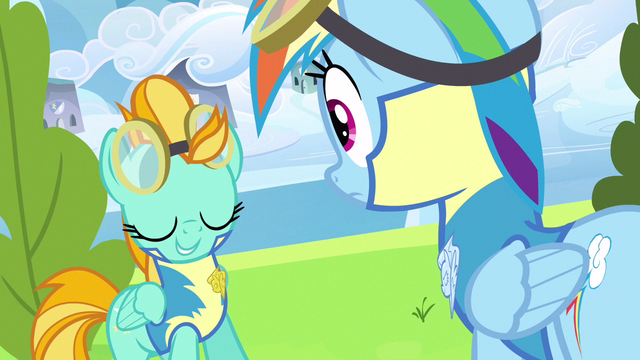 File:Lightning Dust adorable shot S3E7.png
