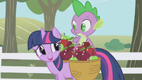 Twilight embarrassed by grumbling stomach S1E03