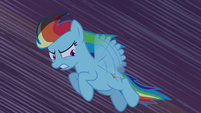 Rainbow Dash flying through castle S4E03