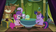 Twilight hit by flowerpot S2E20