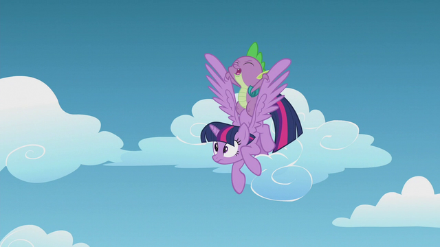 File:Spike holding Twilight back S5E25.png