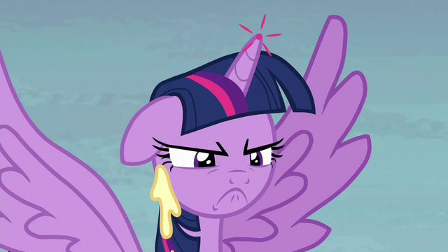 File:Twilight Sparkle getting really annoyed S5E23.png