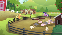 """Applejack """"expect them to get better"""" S6E10"""