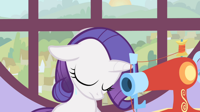 File:Filly Rarity crying S1E23.png