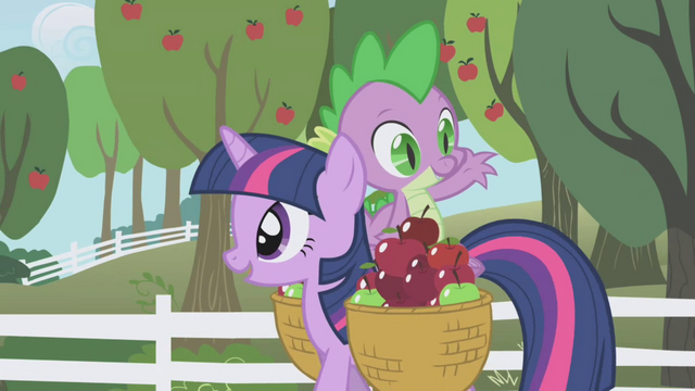 File:Spike tossing an apple way S01E03.png