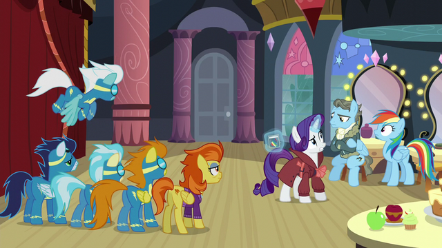 File:Other ponies listening to Rarity's explanation S5E15.png