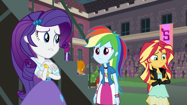 "File:Rarity ""it's a little hard to focus"" EG3.png"