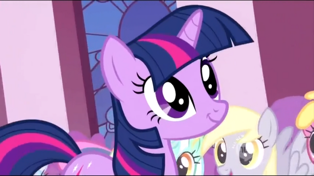 File:Derpy in the crowd S2E02.png