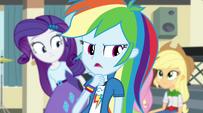 Rainbow criticizes her friends' performances EG2