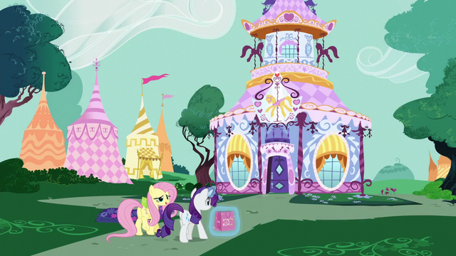 File:Fluttershy and Rarity return to the boutique S6E11.png