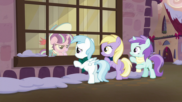 File:Young Snowfall glares at her friends S6E8.png