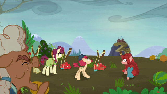 "File:Ma Hooffield ""stop the tomater slingshots!"" S5E23.png"