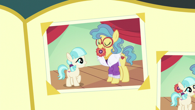 File:Photo of Charity and filly Coco S5E16.png
