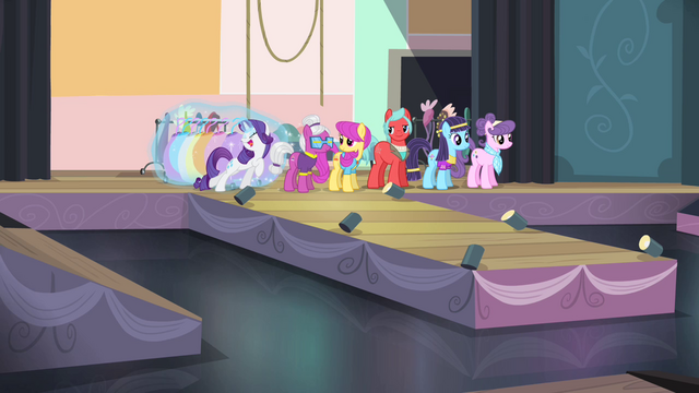 File:Rarity 'I made it!' S4E08.png