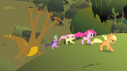 Twilight and others run from the hydra S01E15.png