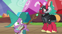 Garbunkle holding a magic staff S6E17