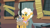 Goldie 'I am sorry about this' S4E09