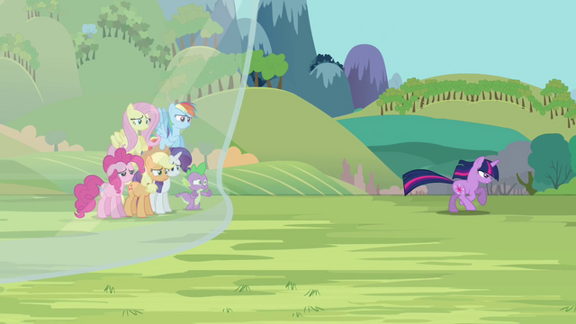 File:Twilight running away S3E05.png