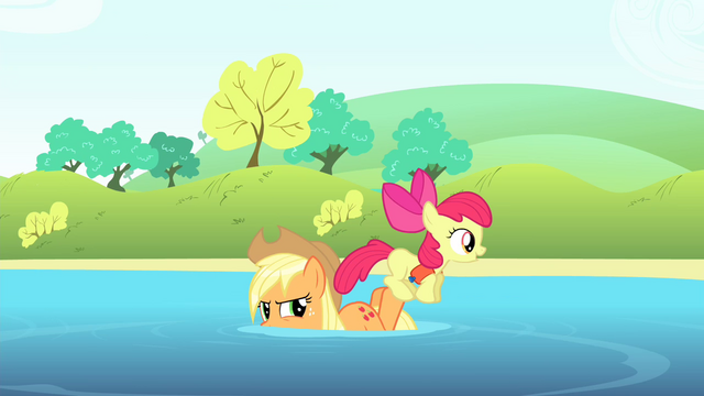 File:Apple Bloom on Applejack's hind legs S4E20.png