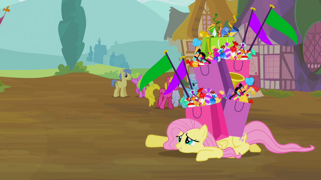 File:Fluttershy crawl S2E20.png