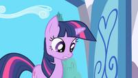 Twilight sees Spike on the floor S1E01