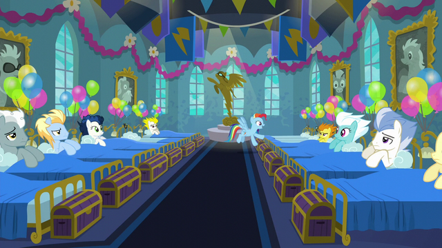 File:Rainbow Dash acting hyperactive S6E7.png