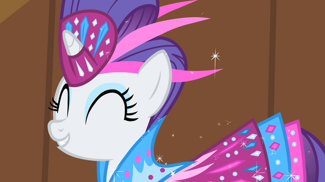 File:Rarity cheering for Fluttershy S1E20.png