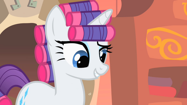 File:Rarity wearing curlers S1E08.png
