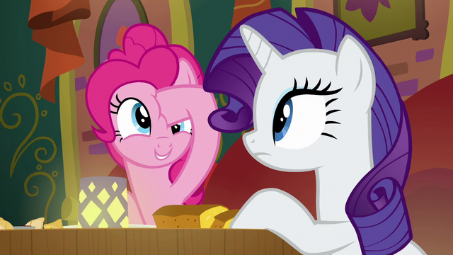File:Pinkie Pie poking her forehead again S6E12.png