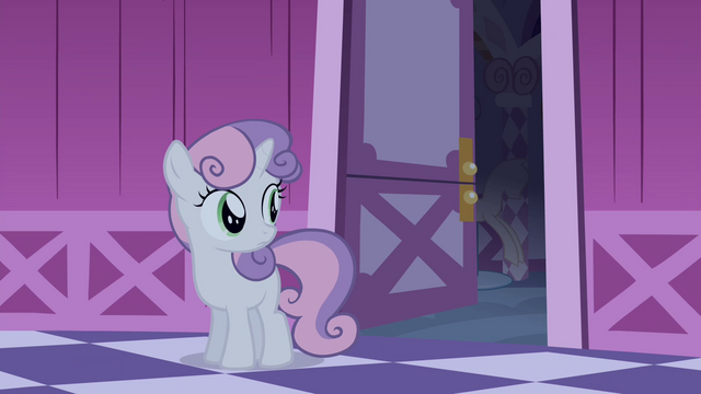 File:Sweetie looking at Rarity's room S4E19.png