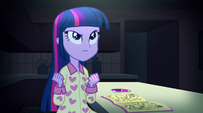 Twilight determined to complete the spell EG2