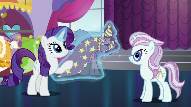 File:Rarity presents In-spire-ation to Architecture Pony S5E14.png