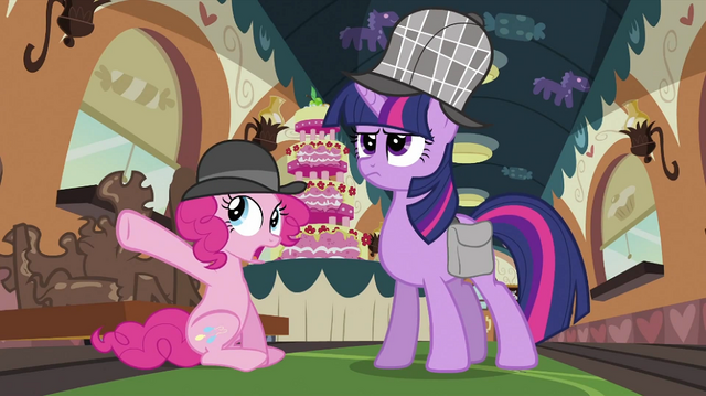 File:Pinkie Pie pointing S2E24.png