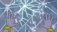 Rarity's diamond shield starts to crack EG4