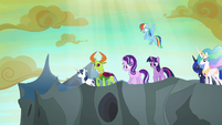 Ponies and Thorax look over the tower's edge S6E26