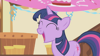 Twilight is happy S1E5
