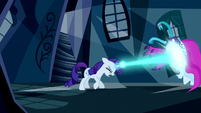 Rarity blasts a dress with magic S5E13