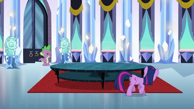 File:Twilight 'It's gotta be here somewhere' S3E2.png