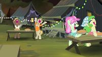 Cajun swamp ponies cheering S4E17